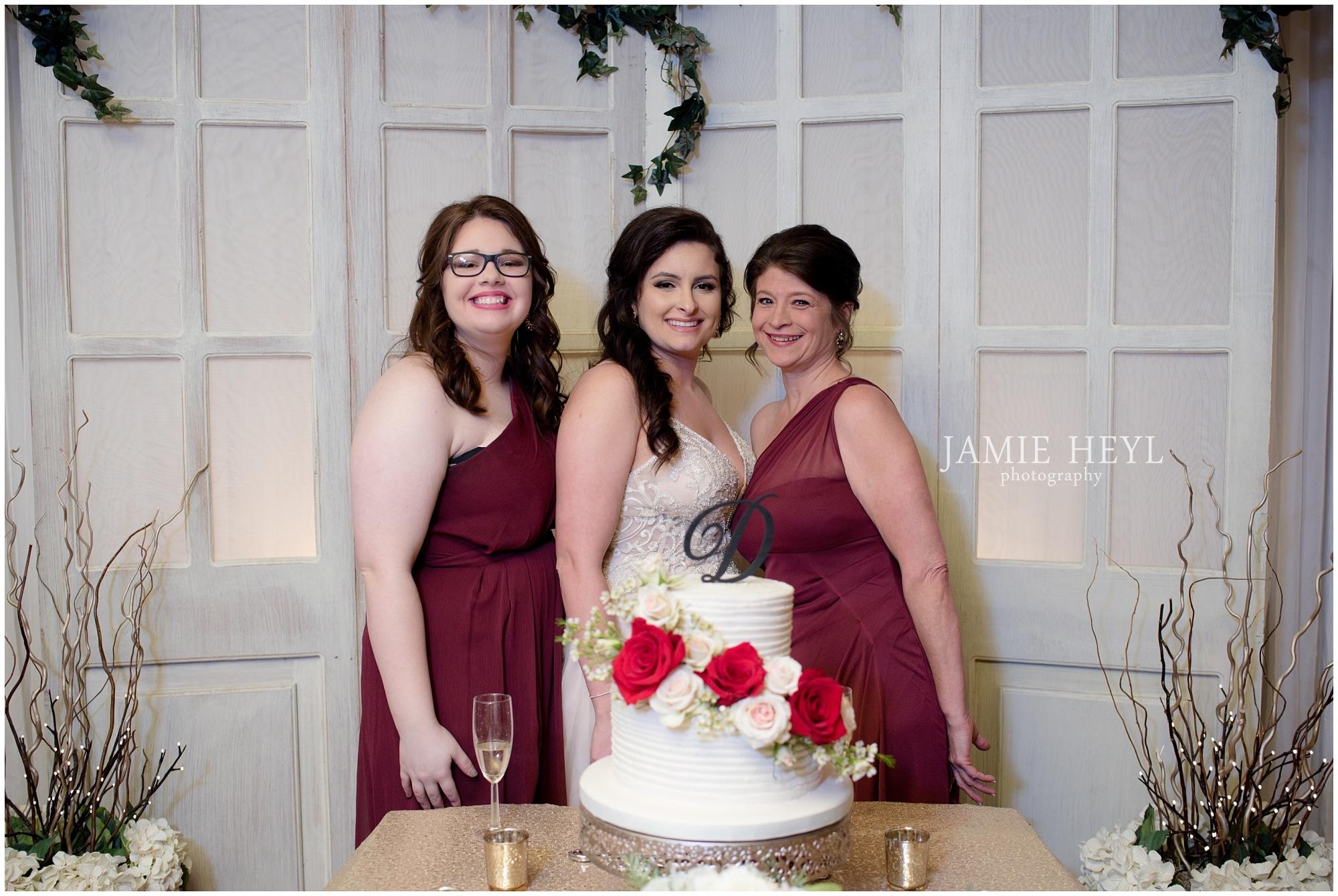 Cafe JoJo's bridal party pics